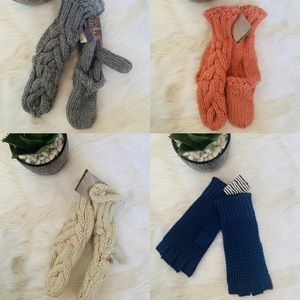 BUNDLE OF 4 PAIRS URBAN OUTFITTERS MITTENS / BDG